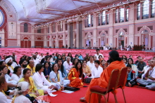 Swami Ramdev with PYPT Yog Teachers - London, 2007